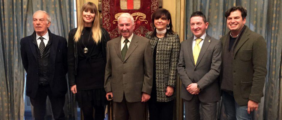 La nuova Bela Majin (seconda da sin.) con le autorità e i dirigenti del Comitato (foto G. Morera)